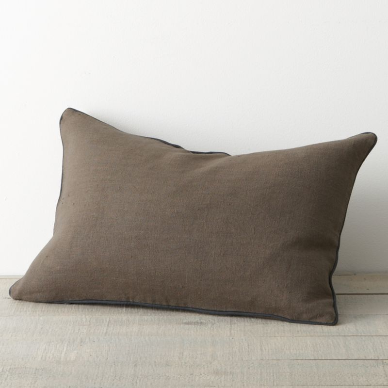 Relaxing, tranquil colors go back-to-back in 100% linen, reversing from a deep, dark midnight blue to tawny brown brindle. As a natural fiber, linen lends a classic look that's cool in summer and warm in winter. Enzyme-washed for extra softness and a vintage look, linens will get even softer and acquire more sheen with use. Accent pillow is brindle, trimmed in blue.<br /><br /><NEWTAG/><ul><li>100% linen</li><li>Enzyme-washed for softness</li><li>Pillow has feather-down insert</li><li>Machine wash cold, tumble dry low; warm iron as needed</li><li>Made in India</li></ul>