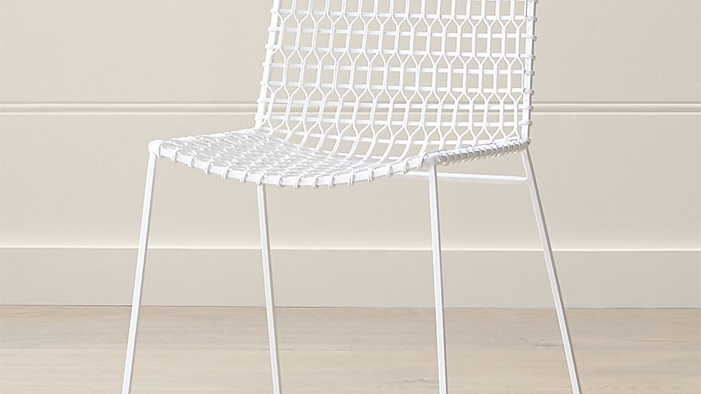 tig indoor outdoor white metal dining chair crate and barrel rh crateandbarrel com white outdoor dining chairs australia white outdoor dining table with umbrella hole