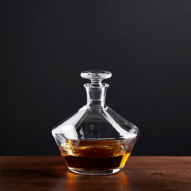 Tour Decanter - Image 1 of 7