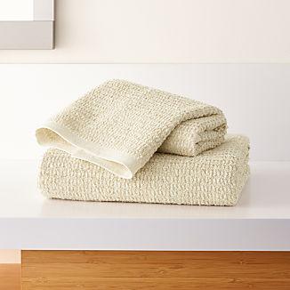 Travia Natural Textured Bath Towels