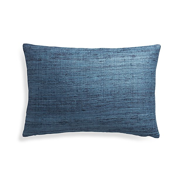"Trevino Delfe 15""x22"" Pillow Cover"