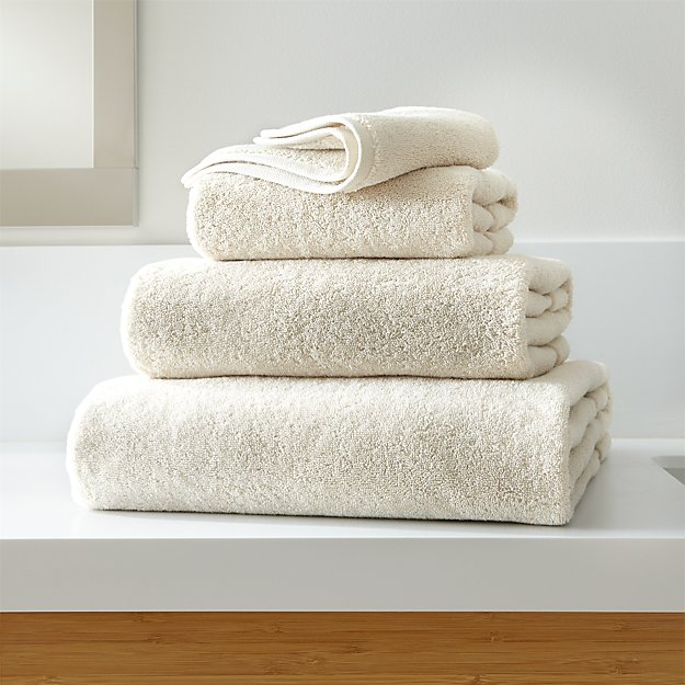 Organic 800-Gram Oyster Turkish Bath Towels - Image 1 of 5