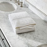 Turkish Cotton 800-Gram White Bath Towel