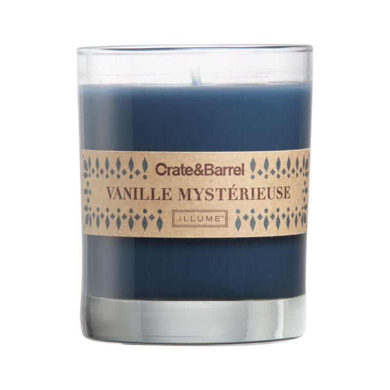 The seductive scent of spicy vanilla wafts warm seasonal fragrance from blue  candle set in a clear glass.<br /><br /><NEWTAG/><ul><li>Food-grade paraffin wax</li><li>Cotton wick</li><li>Glass container</li><li>Scented</li><li>Burn time: 40 hours</li><li>Made in multiple countries</li></ul>