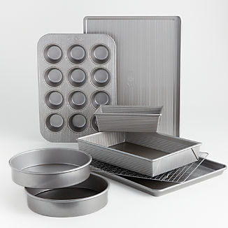 USA Pan 8-Piece Bakeware Set