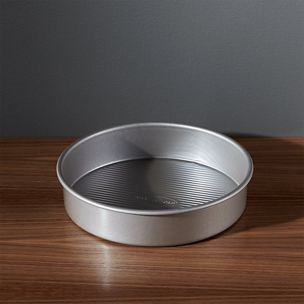 Usa Pan Pro Line Non Stick Round Cake Pan Crate And Barrel