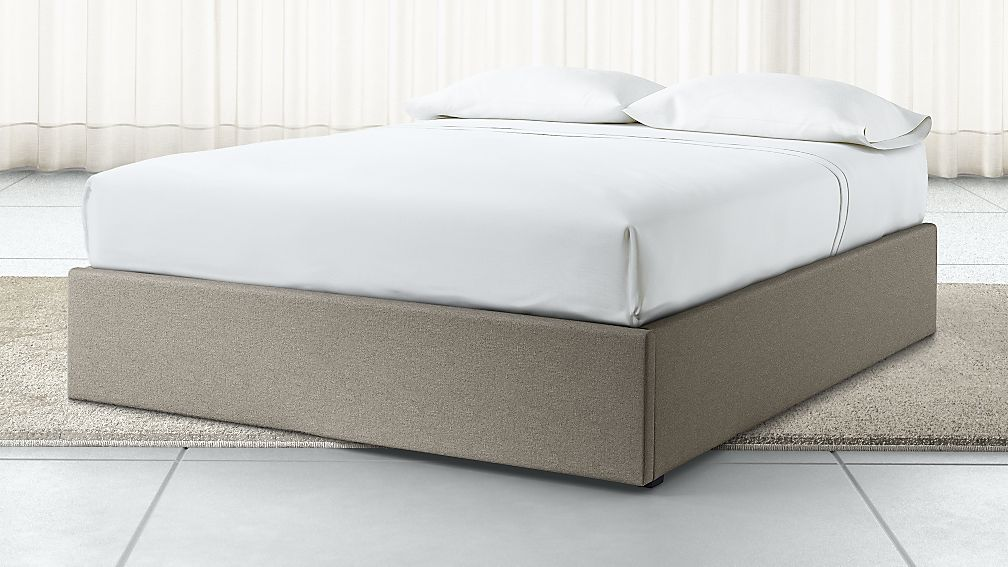 Upholstered Gas-Lift Storage Bed Base - Image 1 of 5