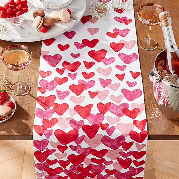 Valentines 90 Table Runner Reviews Crate And Barrel