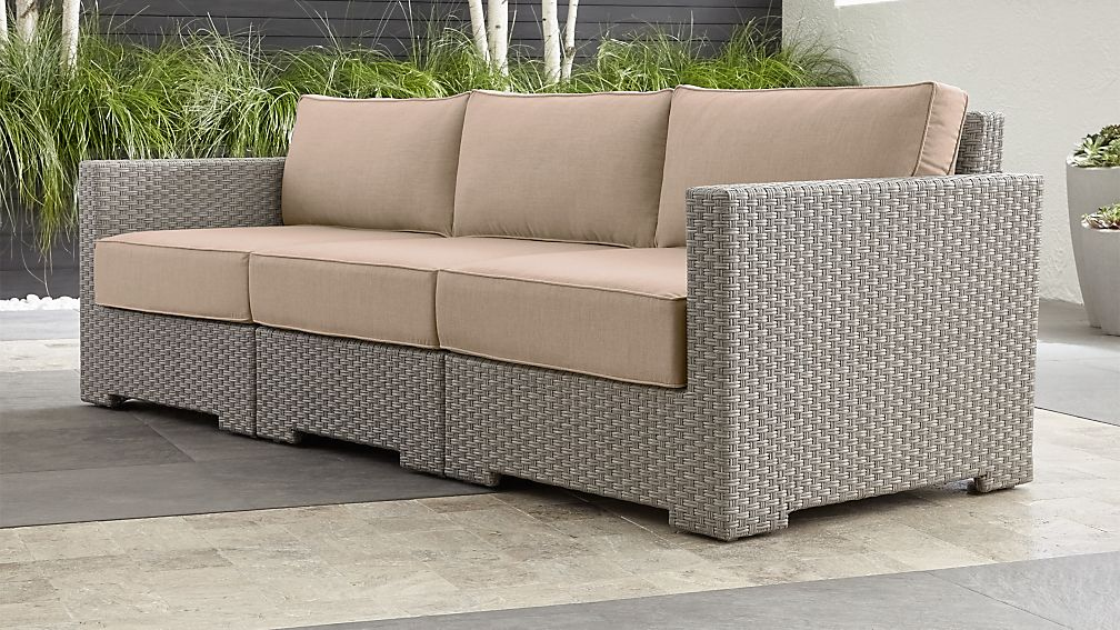 Ventura Quartz 3 Piece Sectional With Sunbrella ® Cushions ...