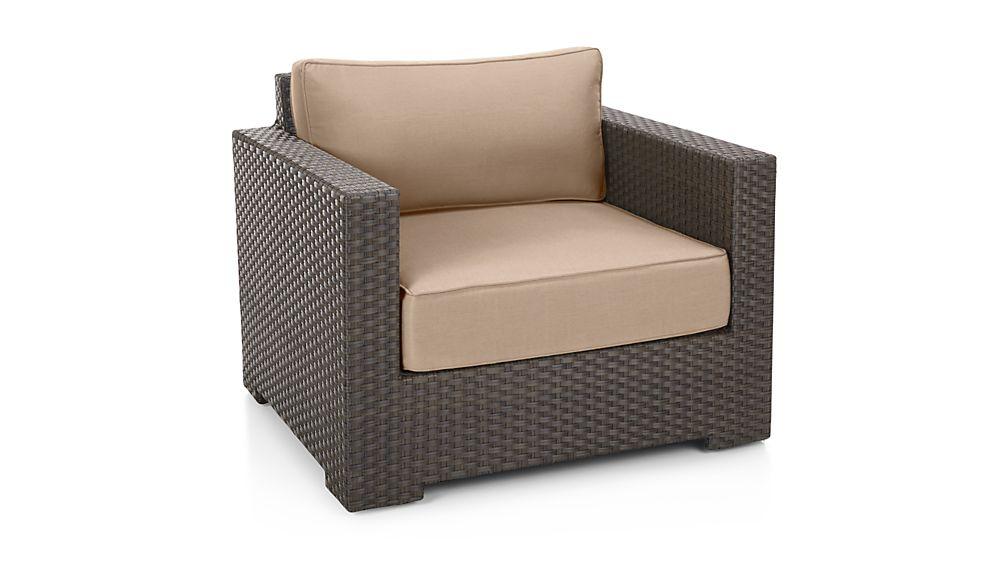 entura Umber Lounge Chair with Sunbrella ® Cushions