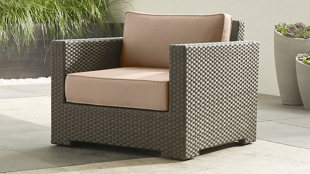 Ventura Umber Lounge Chair With Sunbrella ® Cushions ...