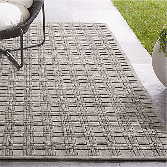 Villa Indoor/Outdoor Sand Basket Weave Rug