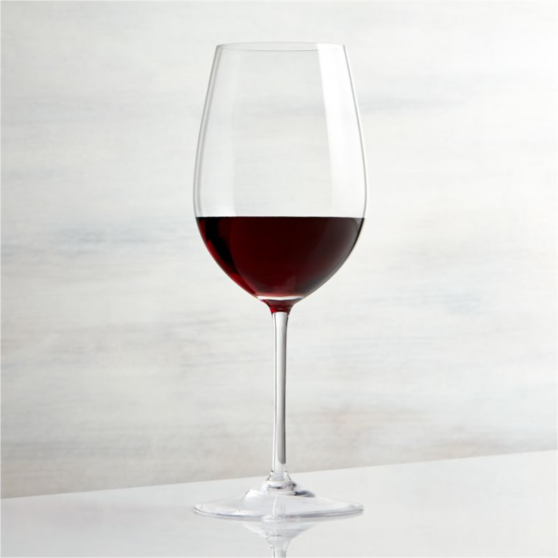This elegant stemware features oversized proportions that really let big wines breathe. Wine connoisseurs will appreciate this nicely weighted Bordeaux glass, true to the classic shape with slender stem and generous bowl.<br /><br /><NEWTAG/><ul><li>Glass</li><li>22 oz.</li><li>Handmade</li><li>Hand washing recommended</li><li>Made in Czech Republic</li></ul><br />
