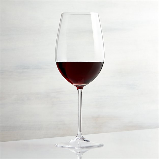 vineyard 22 oz bordeaux wine glass reviews crate and barrel. Black Bedroom Furniture Sets. Home Design Ideas