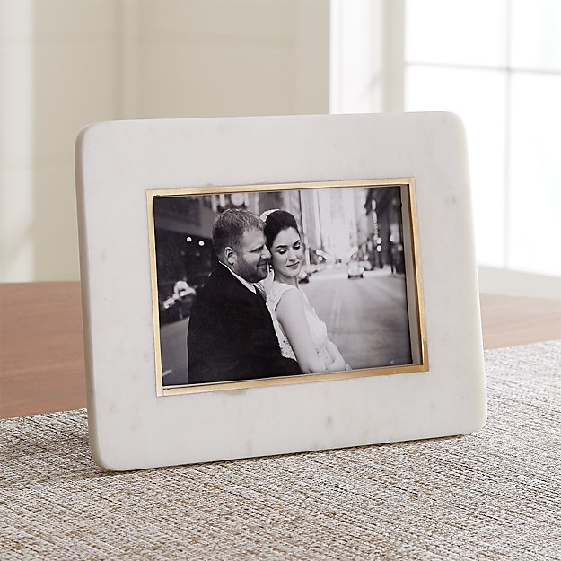 "5""x7"" White Marble Picture Frame - Image 1 of 5"