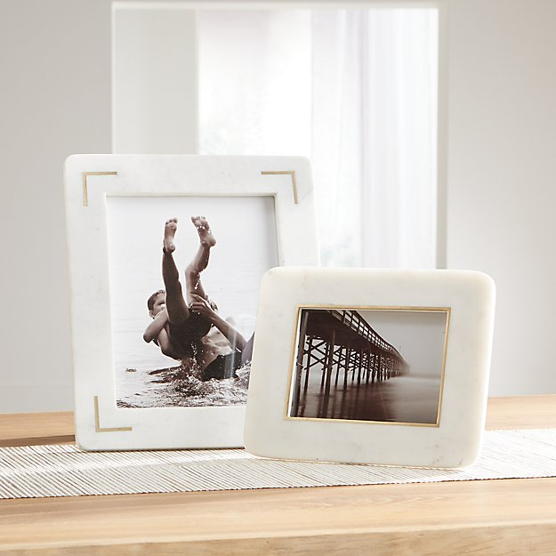 White Marble Picture Frames - Image 1 of 3