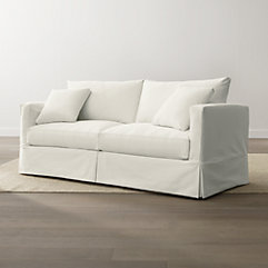 Casual Living Room: Willow