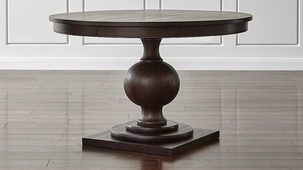Winnetka 48 Round Dark Mahogany Extendable Dining Table Reviews