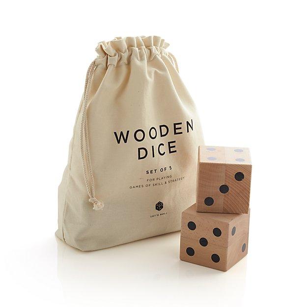 Wooden Yard Dice Game Set