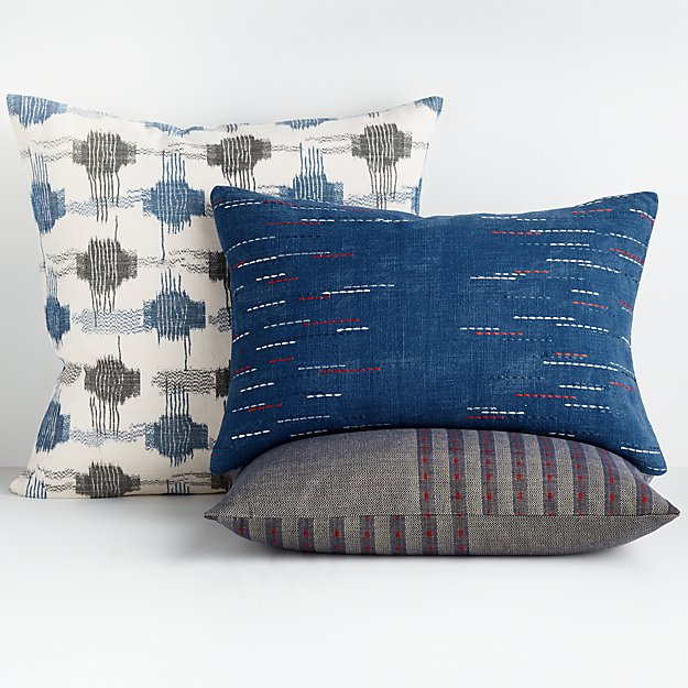 Yuuki Pillow Arrangement - Image 1 of 1