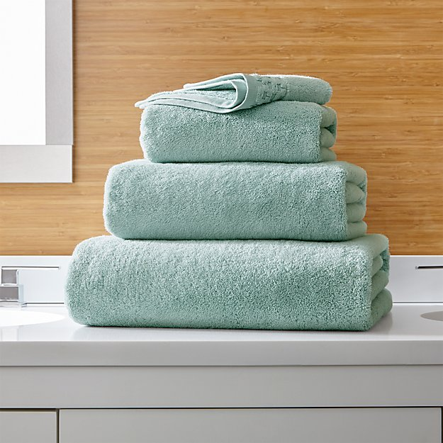 Zero Twist Quick Dry Spa Blue Bath Towels - Image 1 of 6