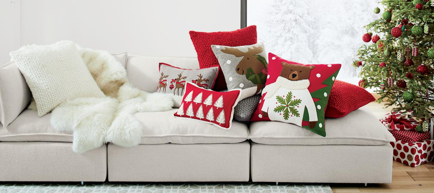 Holiday Pillows And Throws