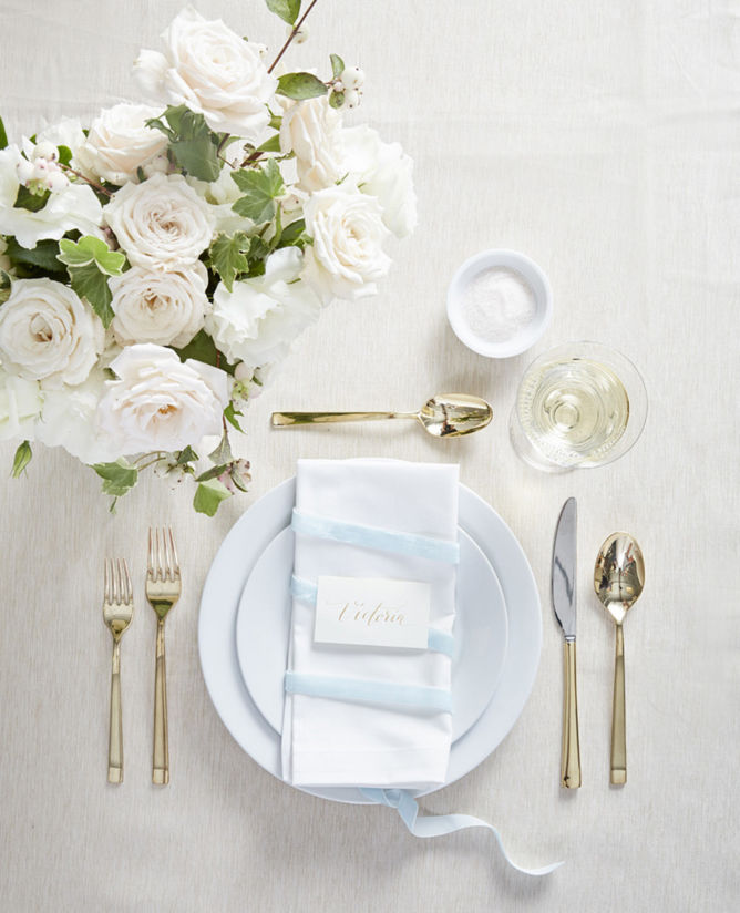 This Placesetting Is To Die Gold Charger Champagne: White Table Setting Ideas