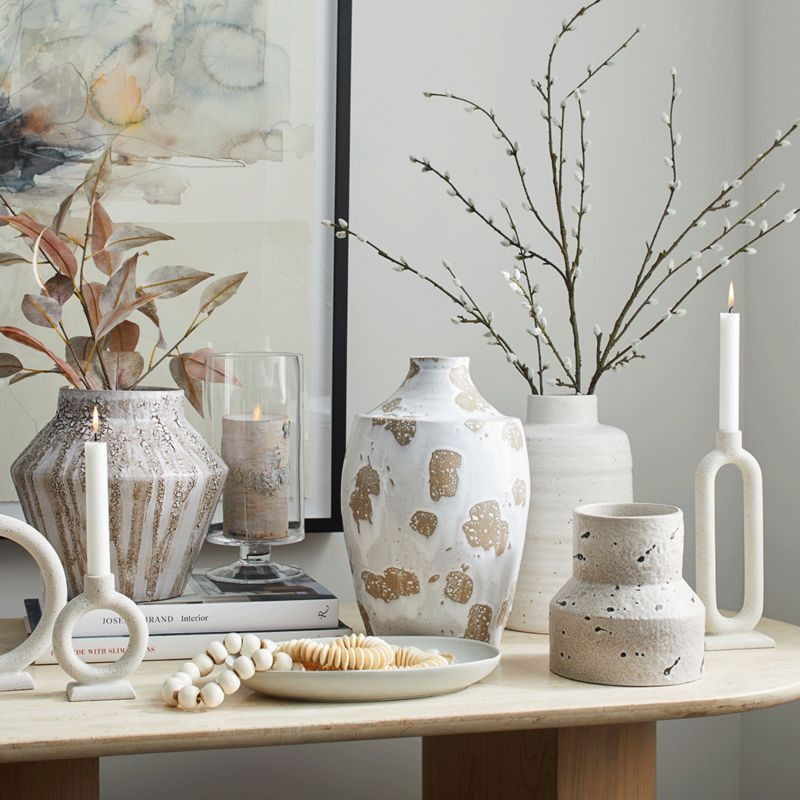 Accent decor and vases