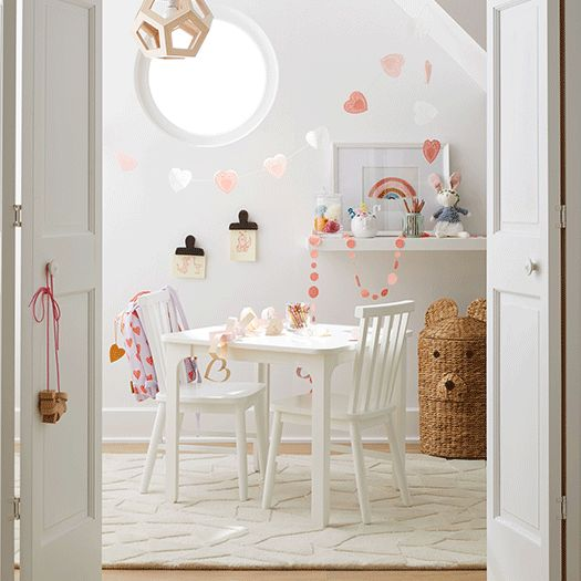 Playroom decorated with pink and red hearts