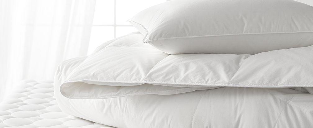 Как украсить кровать: идеи постельных принадлежностей