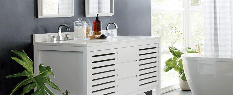 4 Ideas To Make A Small Bathroom Feel Bigger