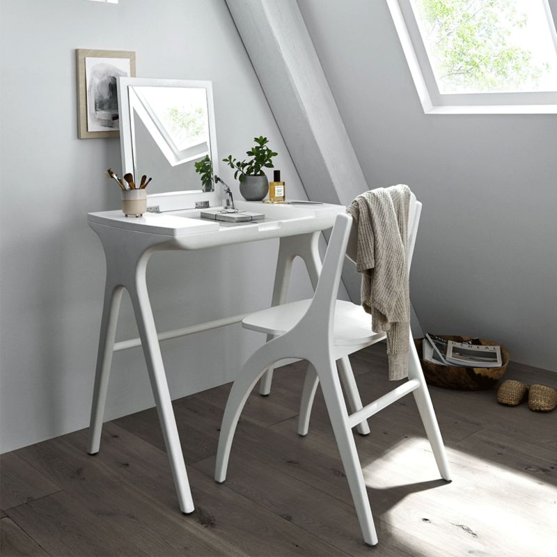 10 Of Our Favorite Small Space Desks Crate And Barrel