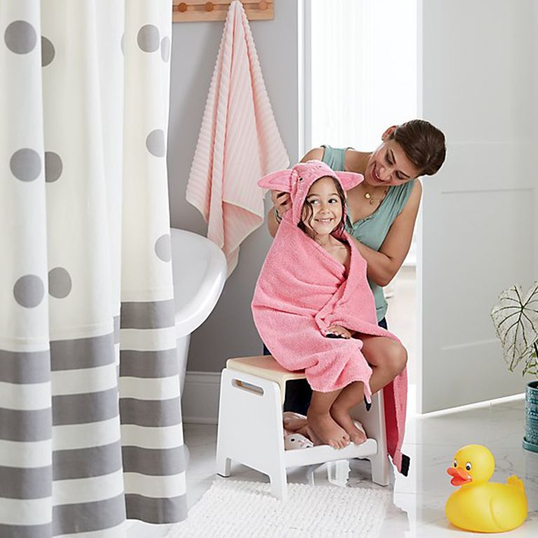 4 Tips for Getting Kids Excited About Bathtime | Crate and Barrel
