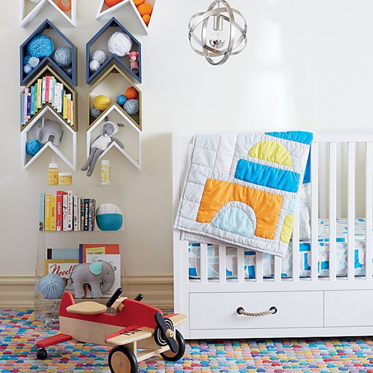 5 Unique Nursery Decorating Tips