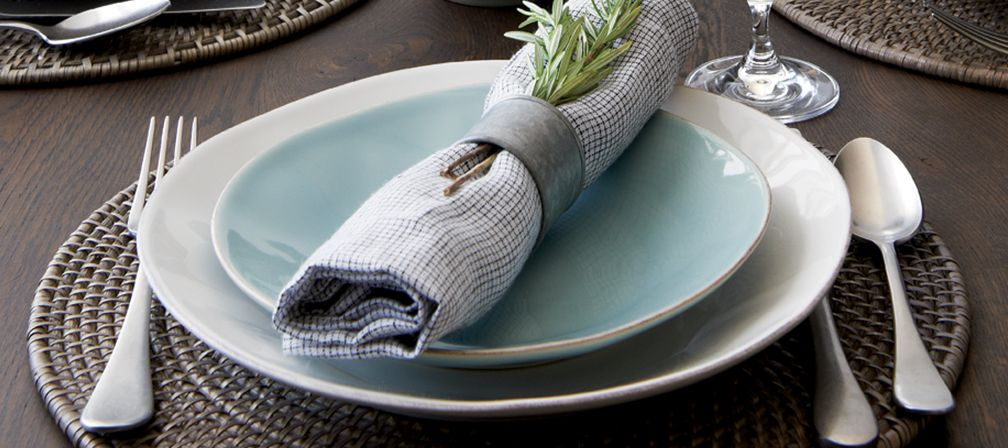 Marin Dinnerware in Blue and White, Grey Rattan Placemat, Lucca Flatware and Suits Napkins Set of 4